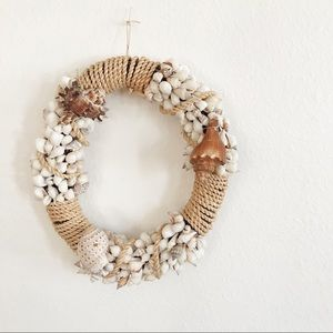 Seaside shell wreath